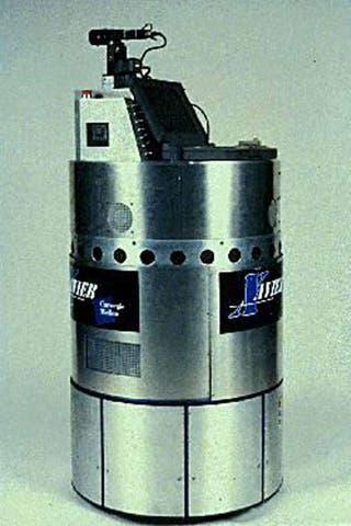 xavier, the queuing robot